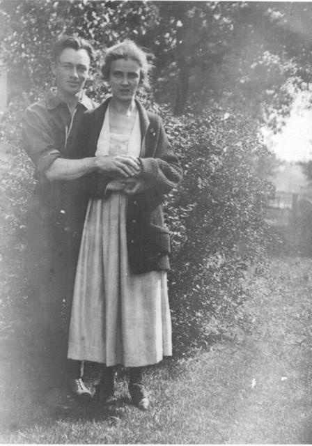 Elvin F. Duntemann (1895-1979) and Ila Byrne Duntemann (1894-1977) in 1918.