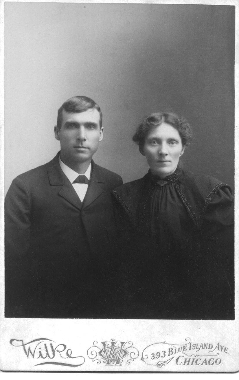 Hermann Duntemann (1859-1933) and Emma Stellmann Duntemann (1863-1920) date unknown but probably 1885-1895.