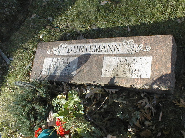 Headstone of Elvin F. Duntemann and Ila Byrne Duntemann, Maine Township Cemetery, Des Plaines, IL.