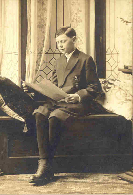 Edwin Dunteman (1898-1981) at his confirmation, date unknown, probably 1914 or 1915.
